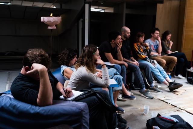 Extinction Rébellion organise une formation à l'action non-violente et à la désobéissance civile |Extinction Rebellion organizes training in nonviolent action and civil disobedience