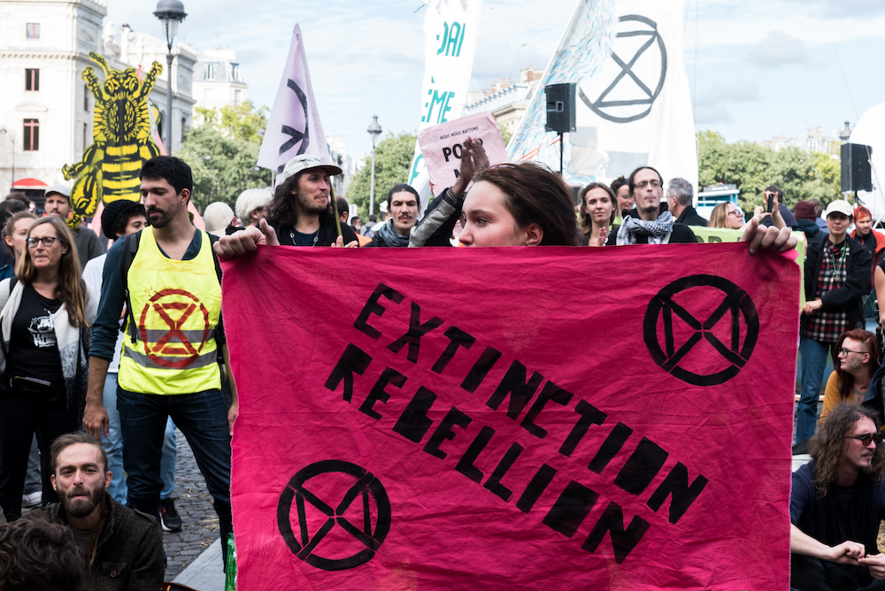 Extinction Rébellion a occupé pendant plusieurs jours le quartier du Châtelet | Extinction Rebellion occupied the symbolic place du Châtelet for several days