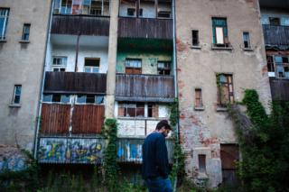 Antonio pretende crear un proyecto comunitario en un espacio de más de 2500 m².