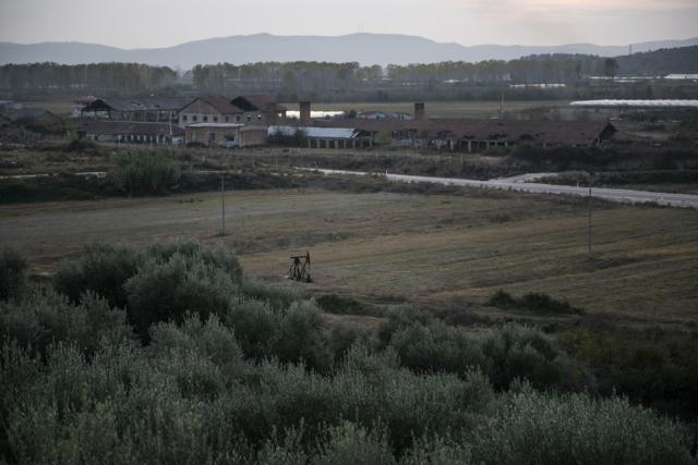 Nei dintorni di Kuçove, la seconda riserva petrolifera più grande e più antica dell'Albania.